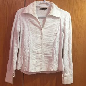 White button down top 💥LOWEST PRICE